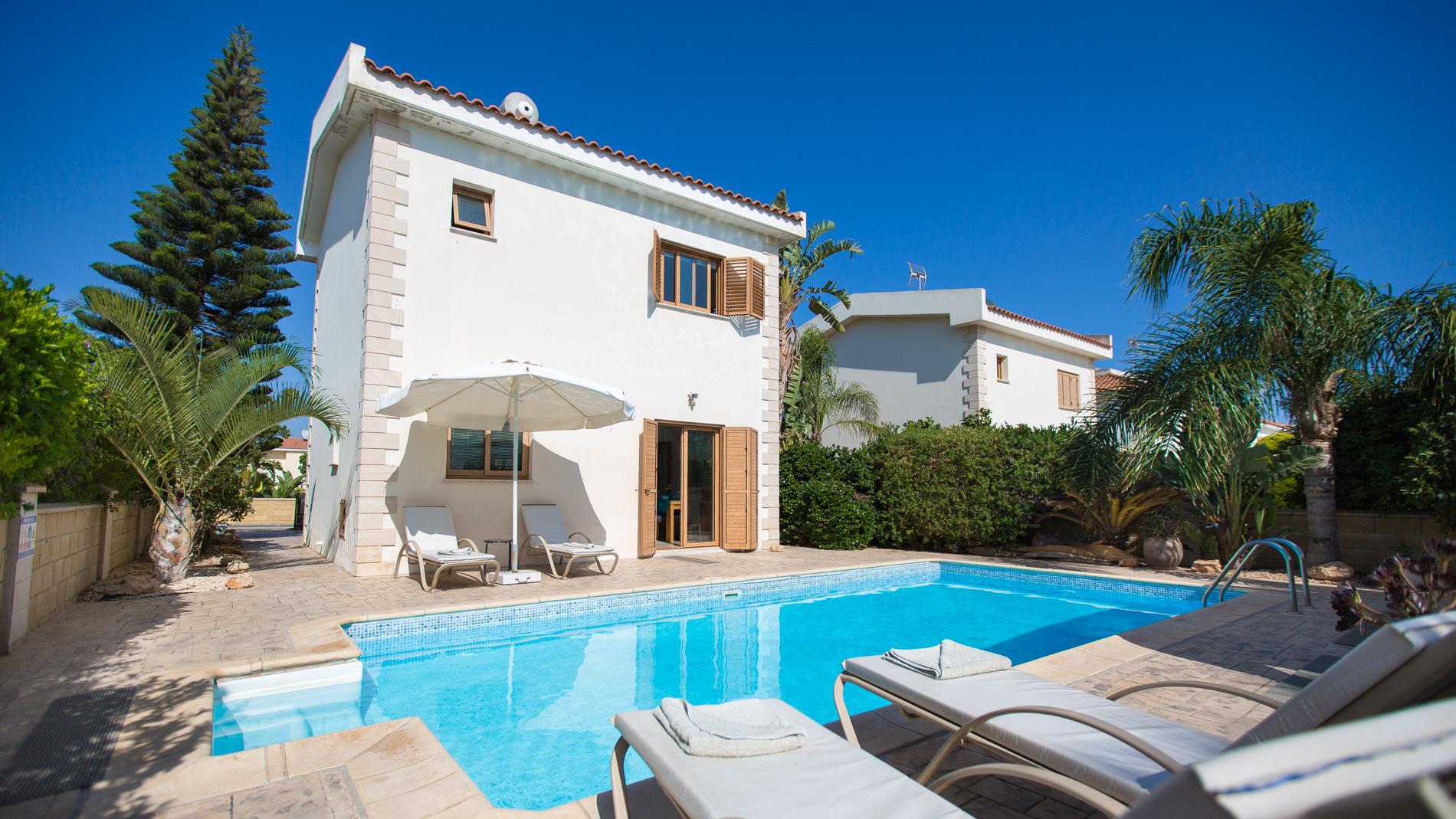 Luxury PRIVATE VILLA 120 in Cyprus