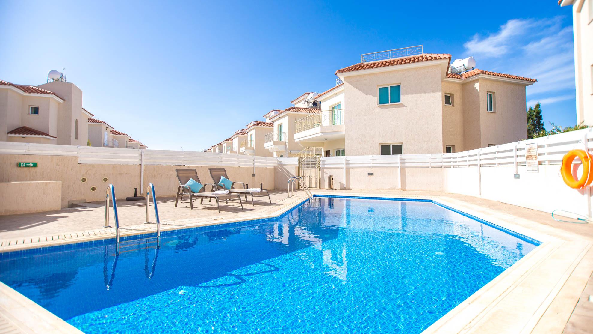 Luxury PRIVATE VILLA in Cyprus, Apartment 175