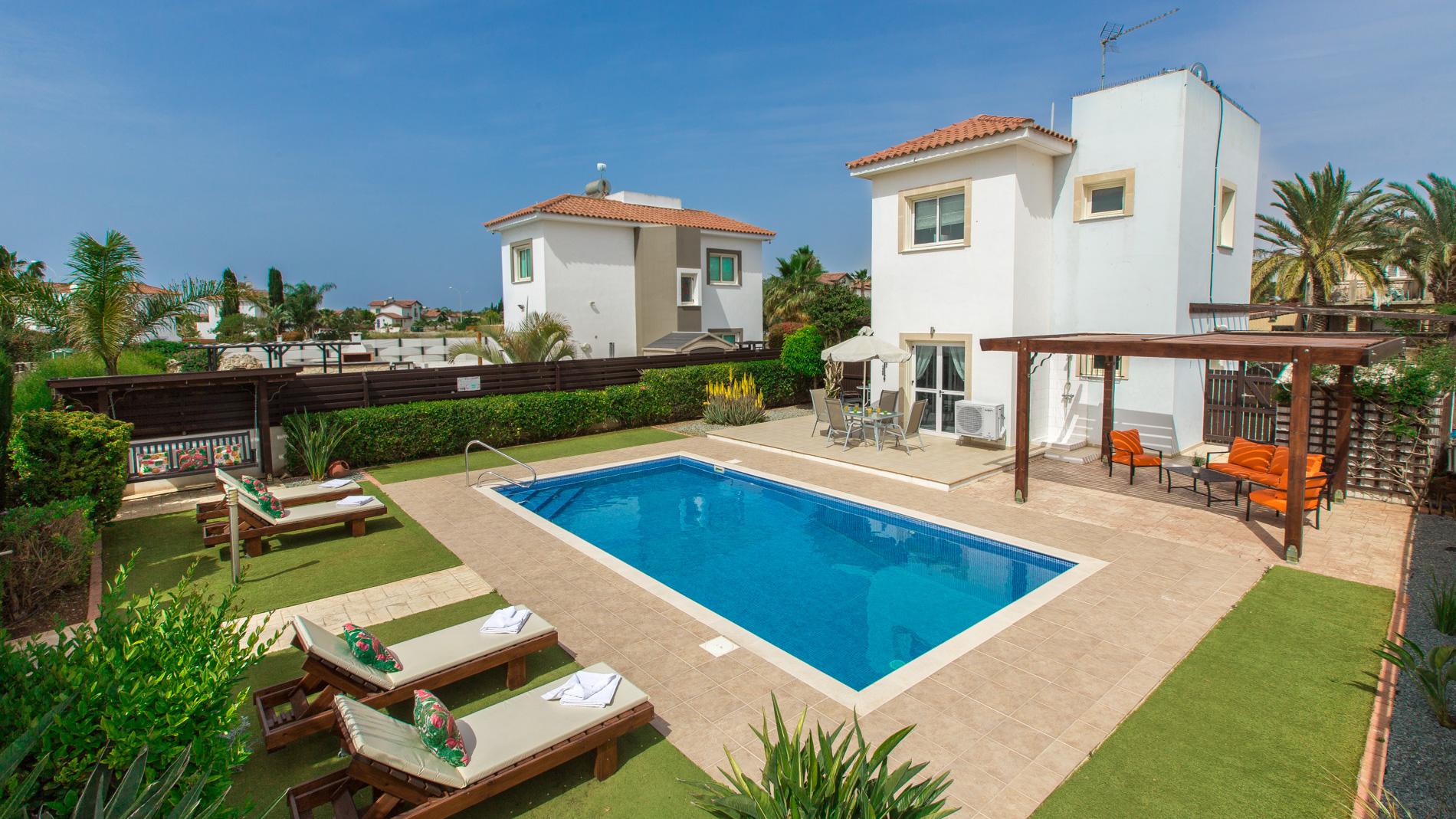 Luxury PRIVATE VILLA 036 in Cyprus
